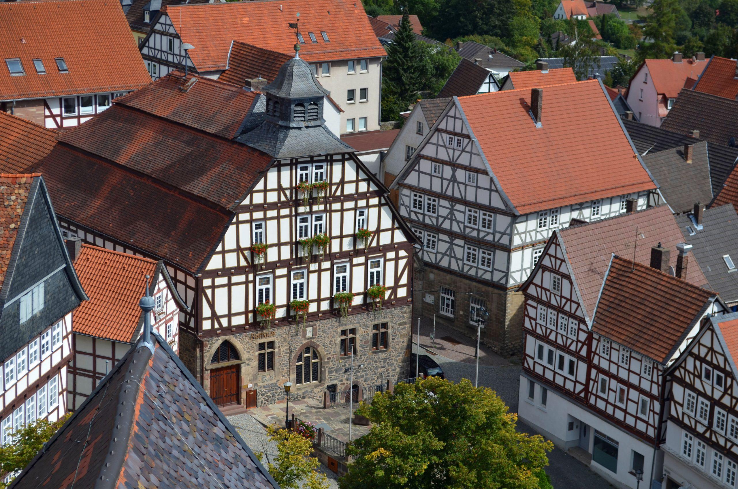 Blick von der Homberger Marienkirche Richtung Rathaus