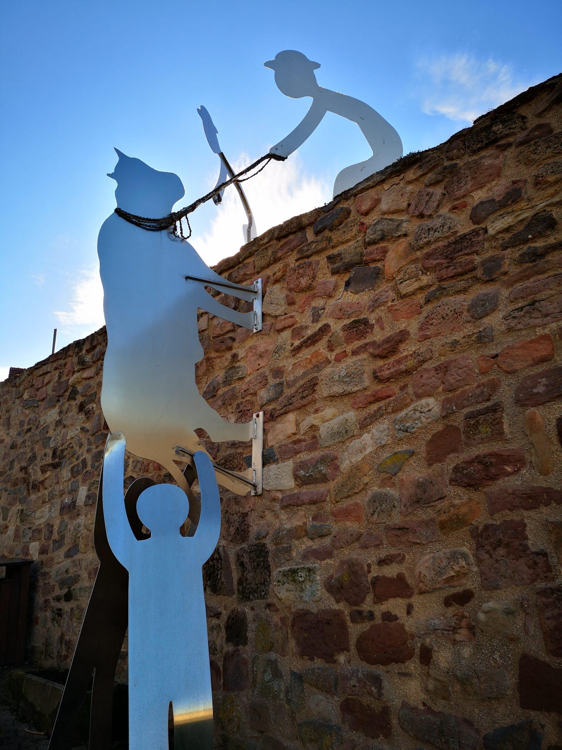 Der Ochse auf der Stadtmauer Schwarzenborn
